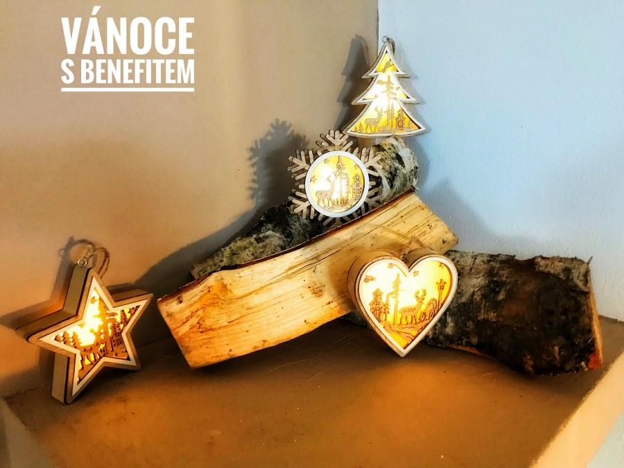 Vánoční ozdoba s LED osvětlením