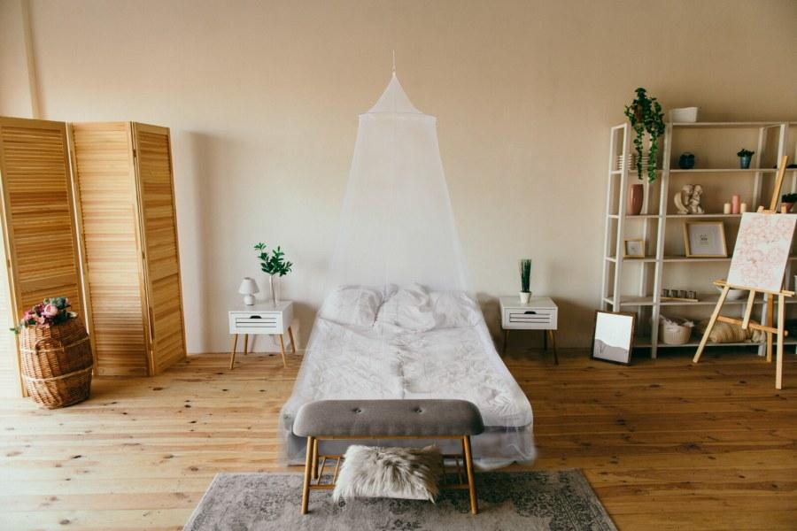 Luxusní baldachýn – postelová nebesa